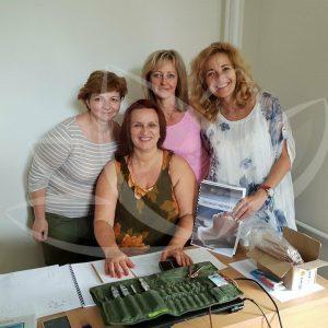 účastníčky kurzu chromopunktúra s lektorkou
